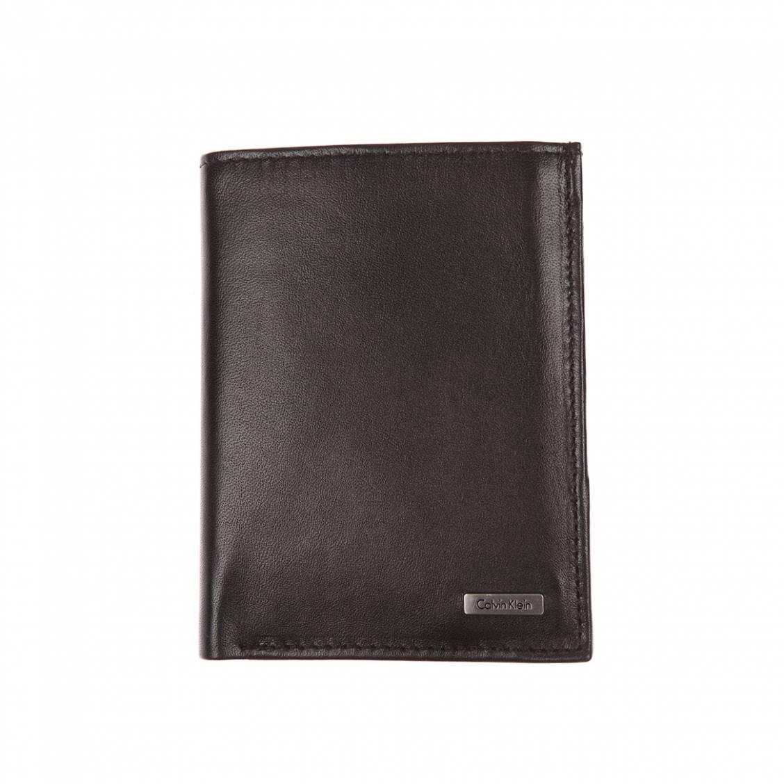 Calvin Klein Portefeuille européen en cuir - 8 cartes Noir rjTF0Su2