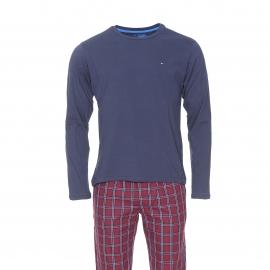 Pyjama long Tommy Hilfiger : Tee-shirt manches longues bleu marine et pantalon à carreaux bordeaux et bleu marine