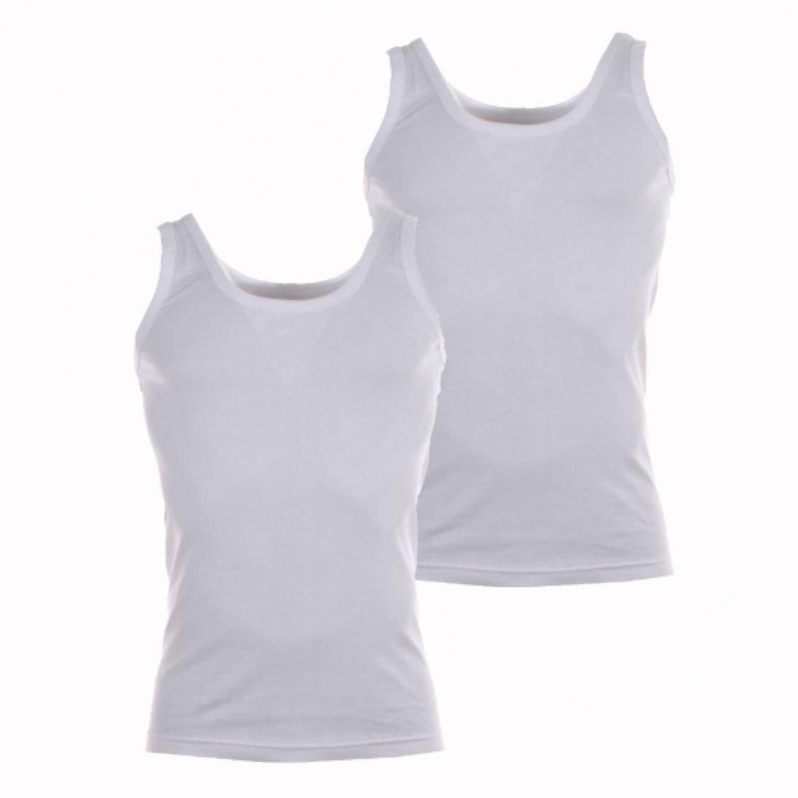 Lot de 2 Débardeurs blancs coton bio. Lot de 2 débardeurs en coton bio blancLa marque Athena vous offre un classique pour homme :