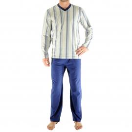 Pyjama long Christian Cane Galibier : Tee-shirt col V manches longues gris clair à larges rayures bleu marine et bleu canard, pantalon uni bleu foncé