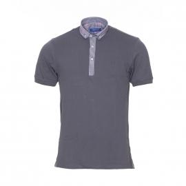 Polo Méadrine en maille piquée grise, col à carreaux bleu marine, gris et rose pâle
