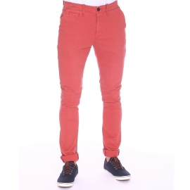 Pantalon chino Petrol Industries en coton stretch brique