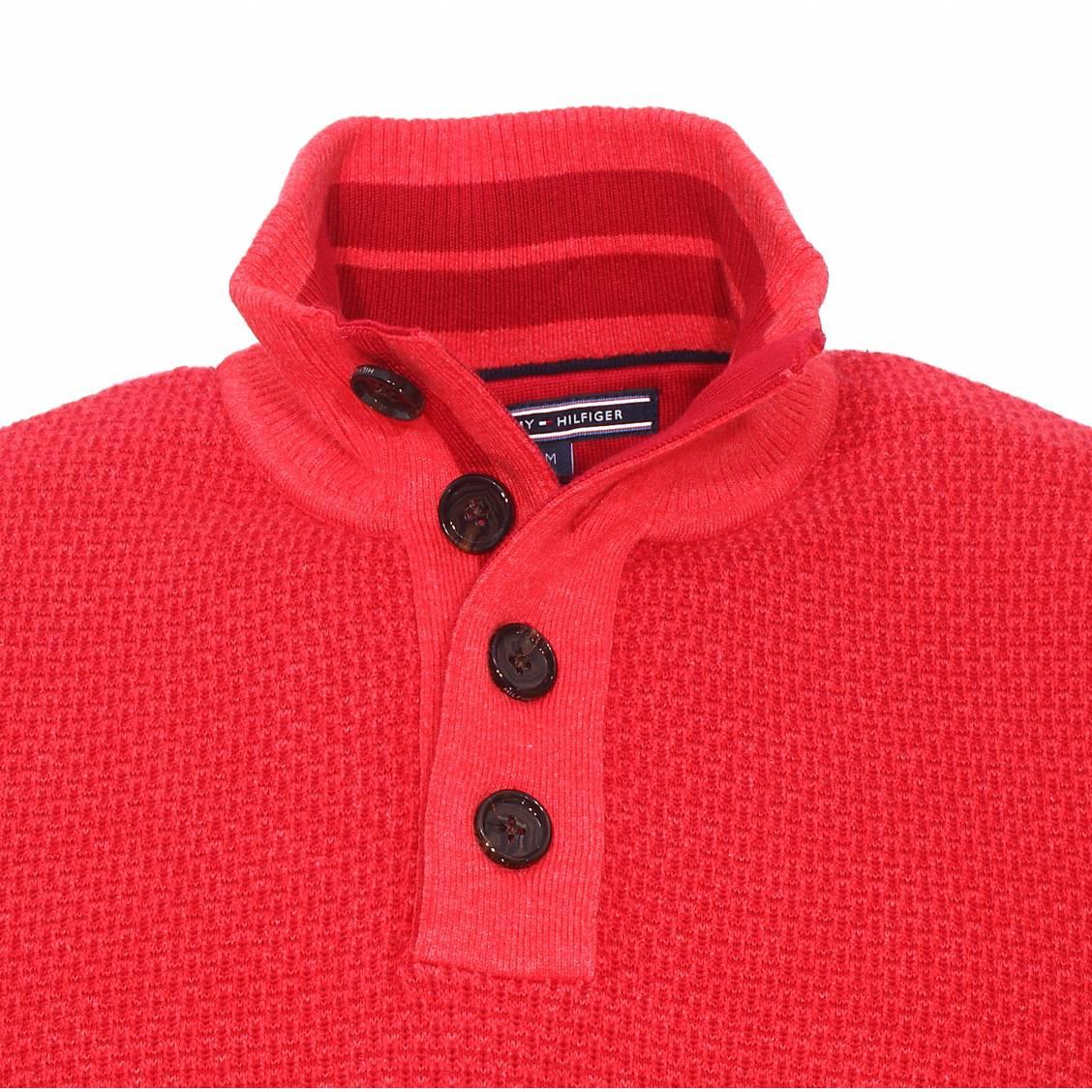 pull col boutonn tylor tommy hilfiger en coton premium tricot rouge piment et rouge fonc. Black Bedroom Furniture Sets. Home Design Ideas