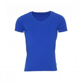 Tee-shirt col V Guess en coton stretch bleu roi