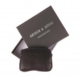 Porte-monnaie zippé Arthur&Aston en cuir noir et surpiqûres bleues