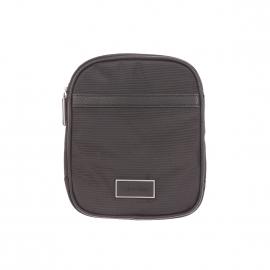 Petite sacoche plate Ethan Calvin Klein Jeans en nylon noir