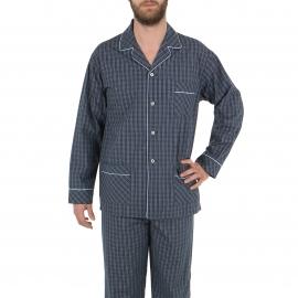 Pyjama long Eminence en popeline de coton :  veste boutonnée manches longues et pantalon bleu marine à carreaux bleu ciel et marron