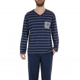 Pyjama long Eminence en jersey de coton : tee-shirt col V bleu marine à rayures blanches, pantalon bleu marine