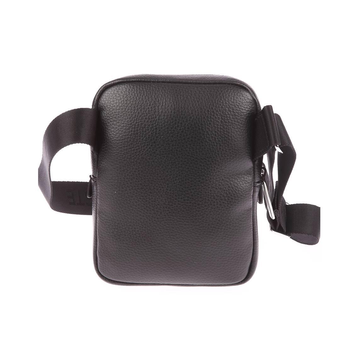 sacoche lacoste noire avec poche plaqu e l 39 avant rue des hommes. Black Bedroom Furniture Sets. Home Design Ideas