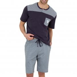 Pyjama court Athena en coton biologique : tee-shirt col tunisien gris anthracite à rayures gris clair, gris anthracite et blanches, bermuda à rayures