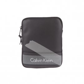 Sacoche plate Calvin Klein Jeans Col 3 en simili cuir noir à bandes grises