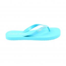 Tongs Calvin Klein bleu turquoise floquées en blanc