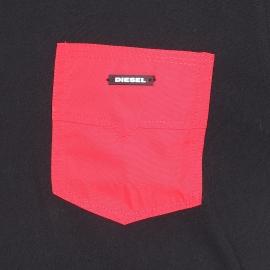 Débardeur Diesel 100% coton noir à poche poitrine rouge