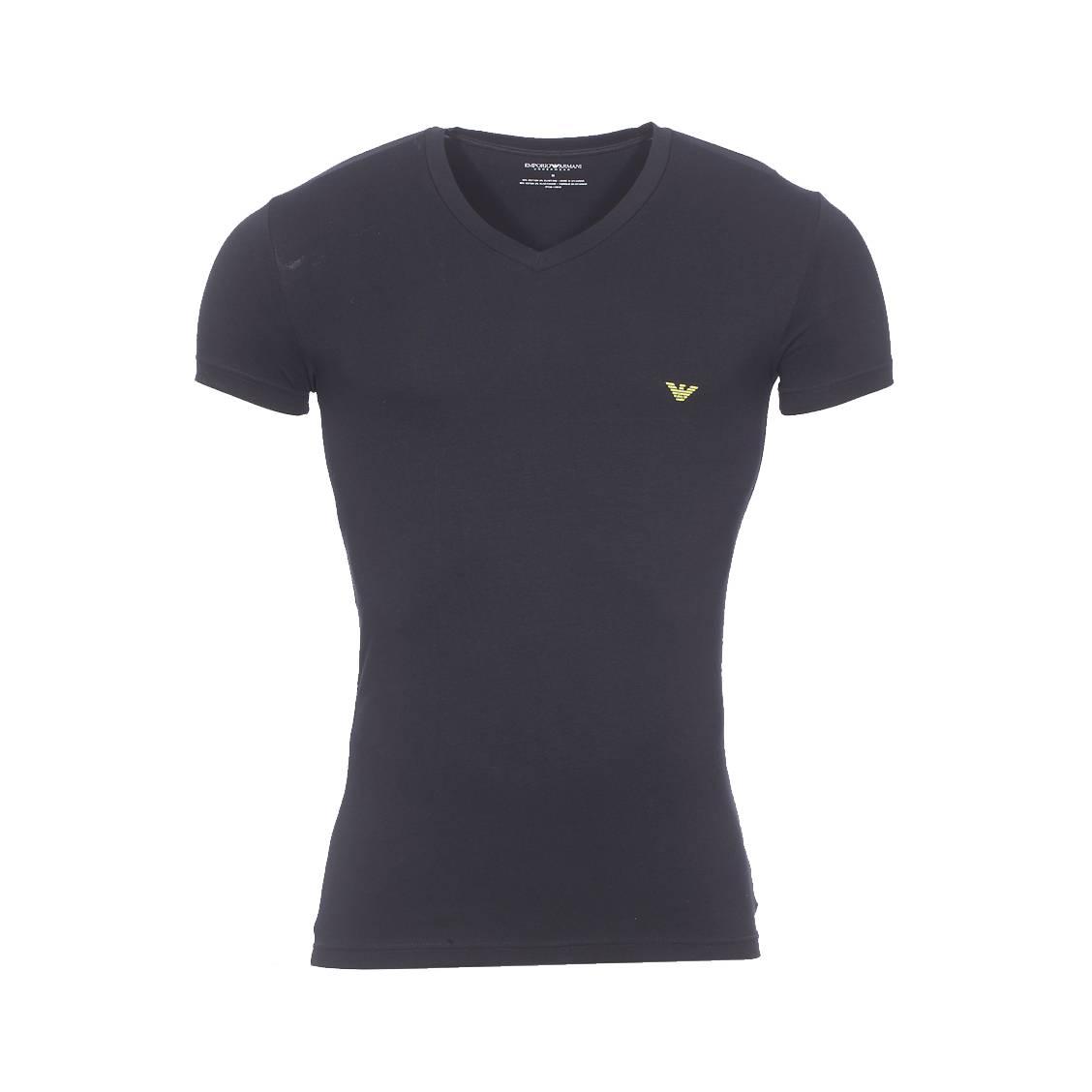 Tee-shirt col v  en coton stretch noir floqué sur l\'arrière de l\'épaule