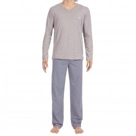 Pyjama long Santiago Hom en jersey de coton : tee-shirt manches longues col V gris clair et pantalon à motifs multicolores