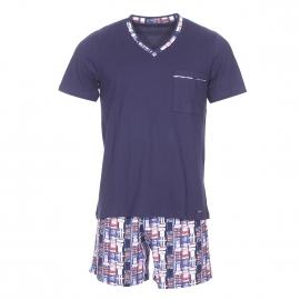 Pyjama court Impetus en coton : tee-shirt col V bleu marine et short à imprimé abstrait