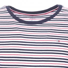 Pyjama court Tommy Hilfiger : Tee-shirt blanc à rayures rouges et bleu marine et bermuda bleu marine