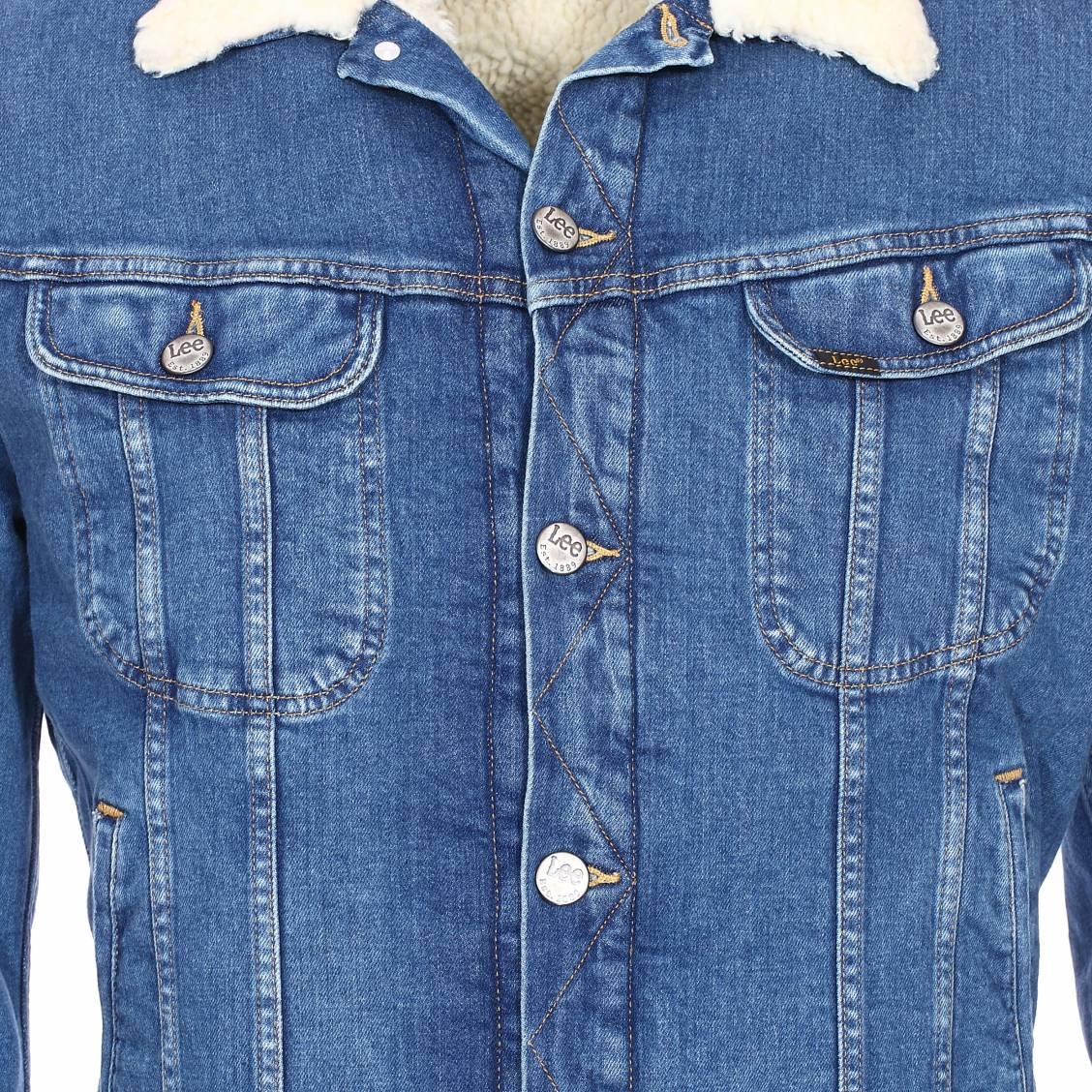 veste en jean lee bleu fonc doublure blanche effet peau de mouton rue des hommes. Black Bedroom Furniture Sets. Home Design Ideas