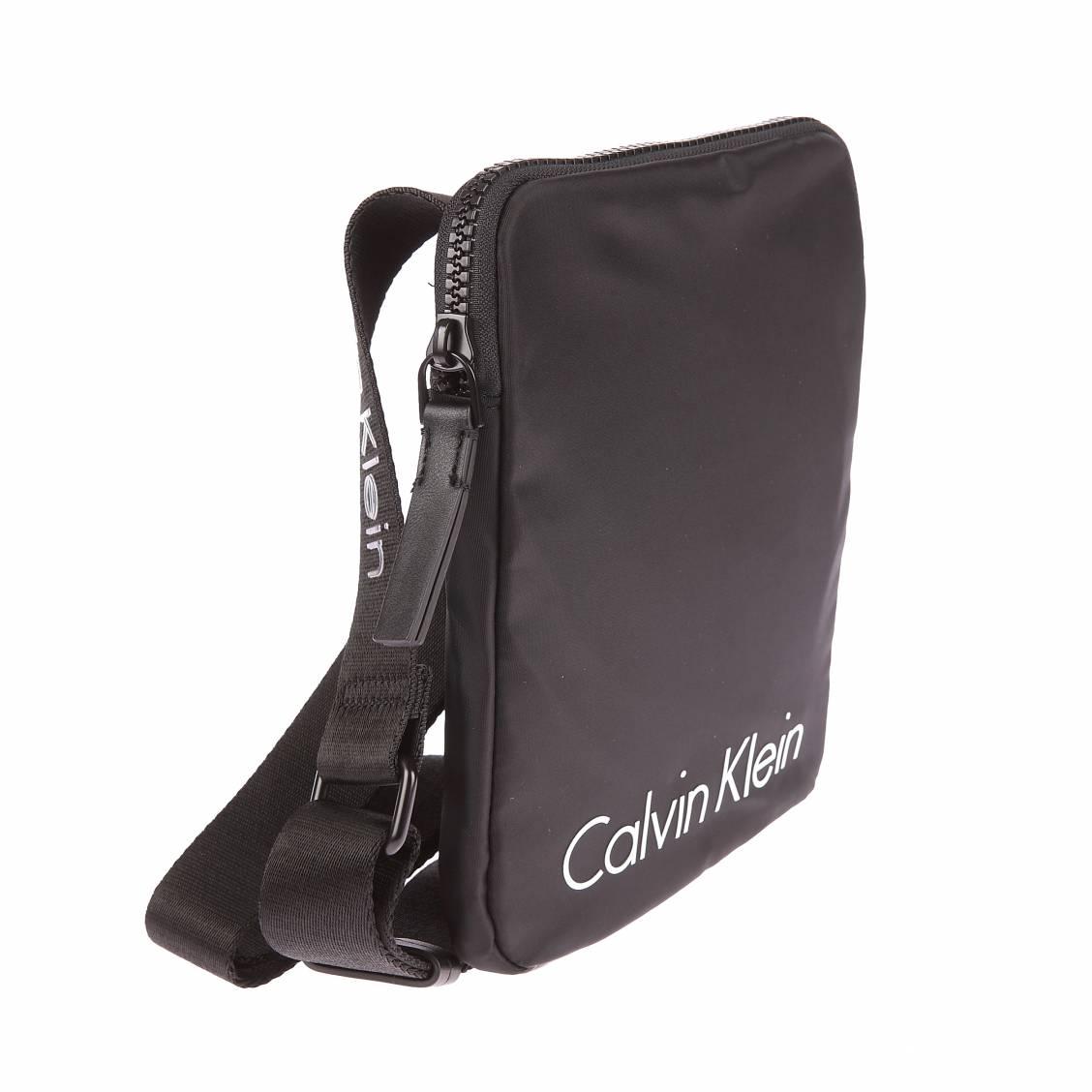 Petite sacoche porté croisé Calvin Klein Jeans Blithe noire 4I55aGdY