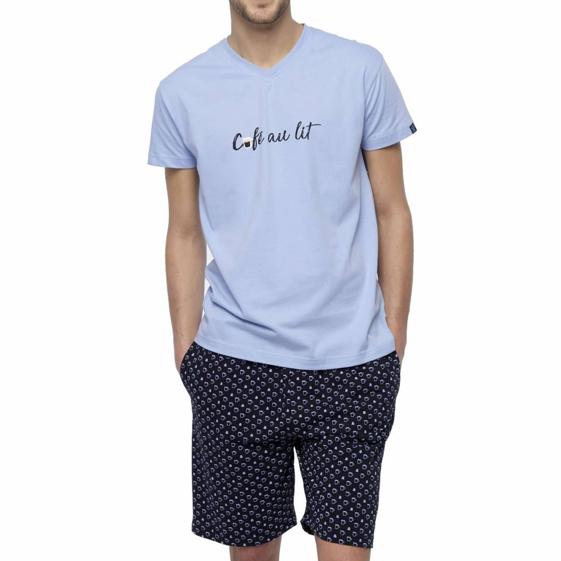 Pyjama court Arthur Expresso en coton : tee-shirt col V bleu ciel floqué et short noir à motifs