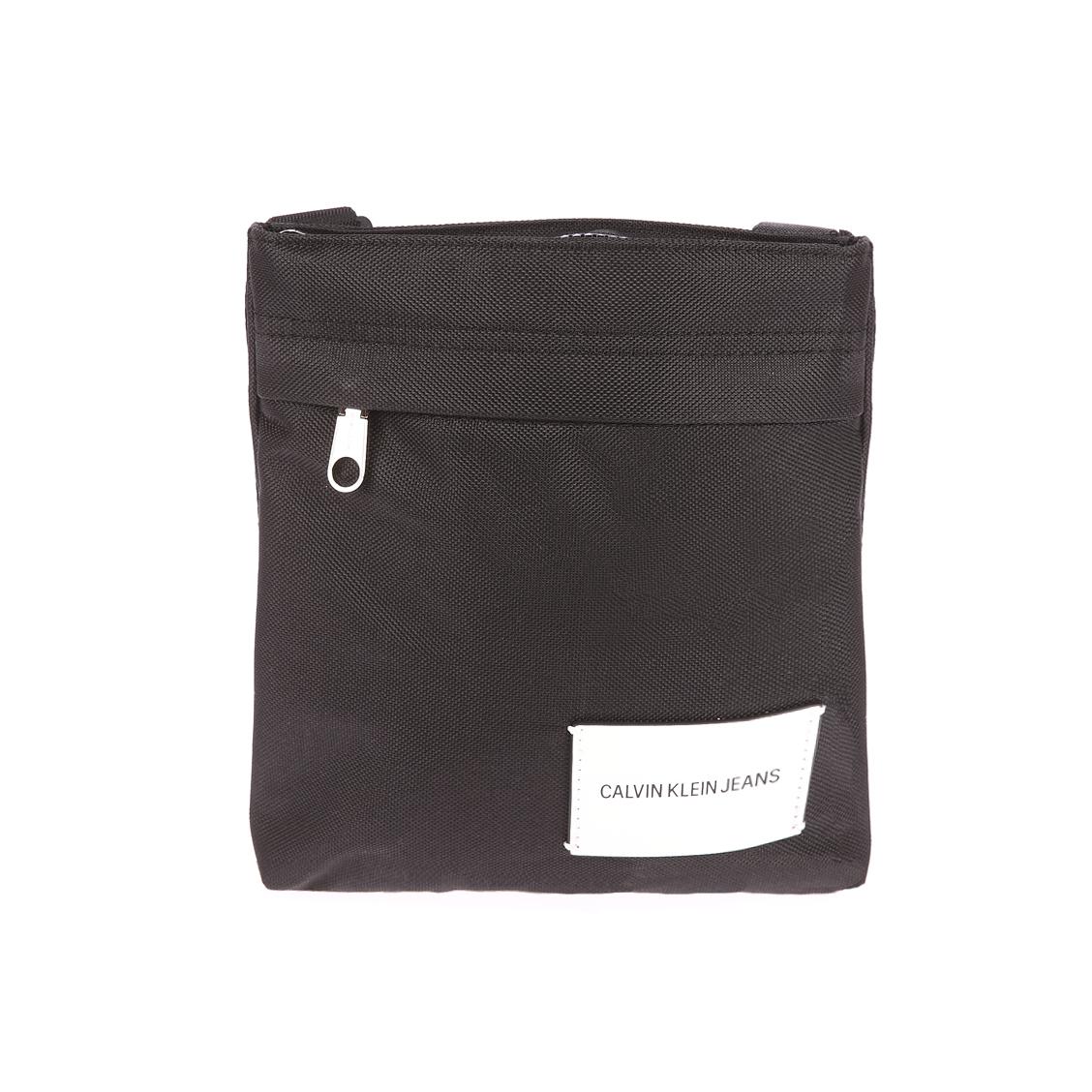 Sacoche plate Calvin Klein Sport Essential Micr en toile noire. Sacoche plate Calvin Klein Sport Essential Micr en toile noire