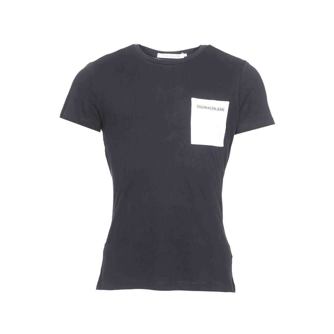 Tee-shirt col rond  pocket institutional logo slim en coton noir à poche poitrine