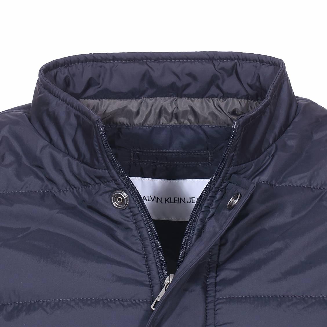 super popular 8ce4b ad5cd Blouson matelasse Calvin Klein Jeans bleu nuit-2-0 1128x1128.jpg