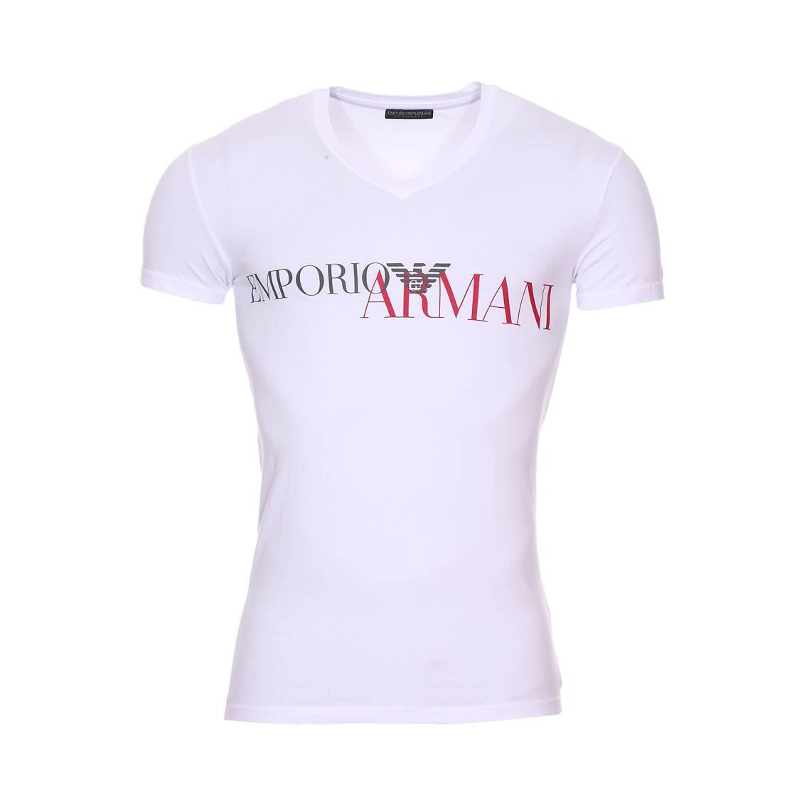 29d0c62a64ae Tee-shirt col V Emporio Armani en coton stretch blanc floqué en ...