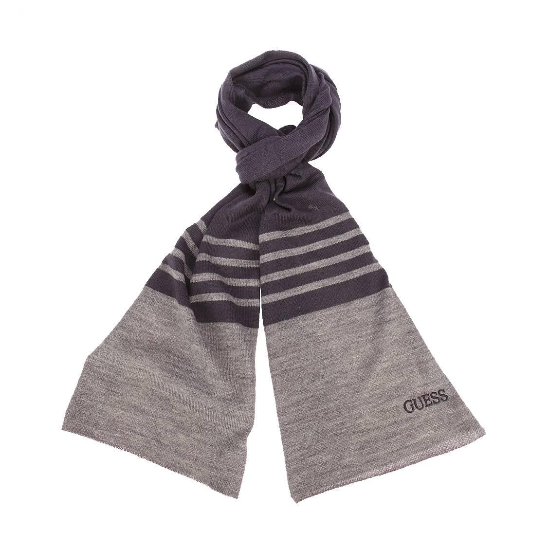 Echarpe  en laine mélangée bleu marine à rayures gris foncé chiné brodé