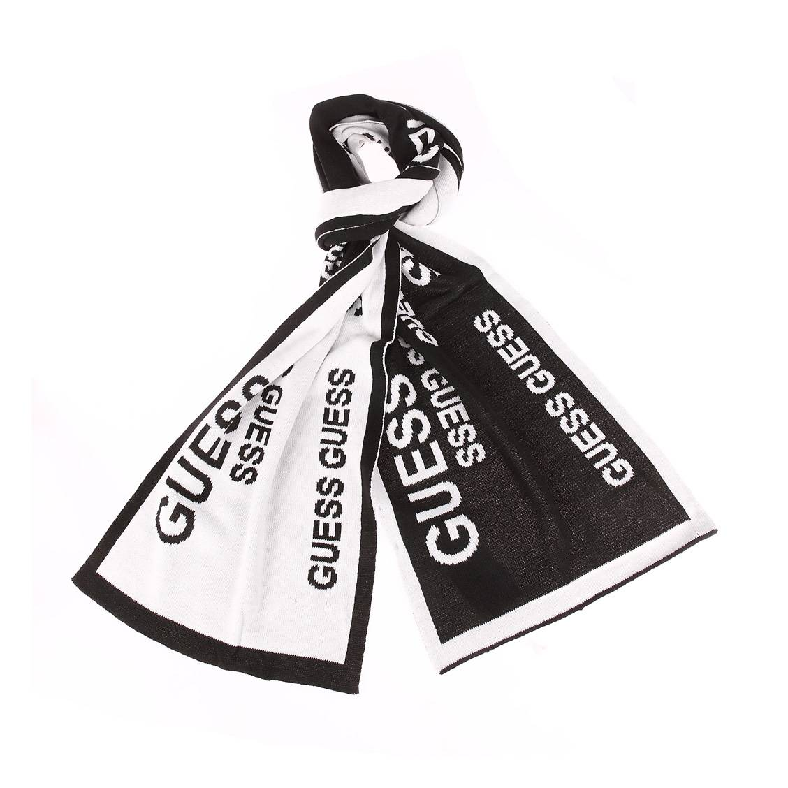 Echarpe  noire à bords blancs et monogrammée en blanc réversible