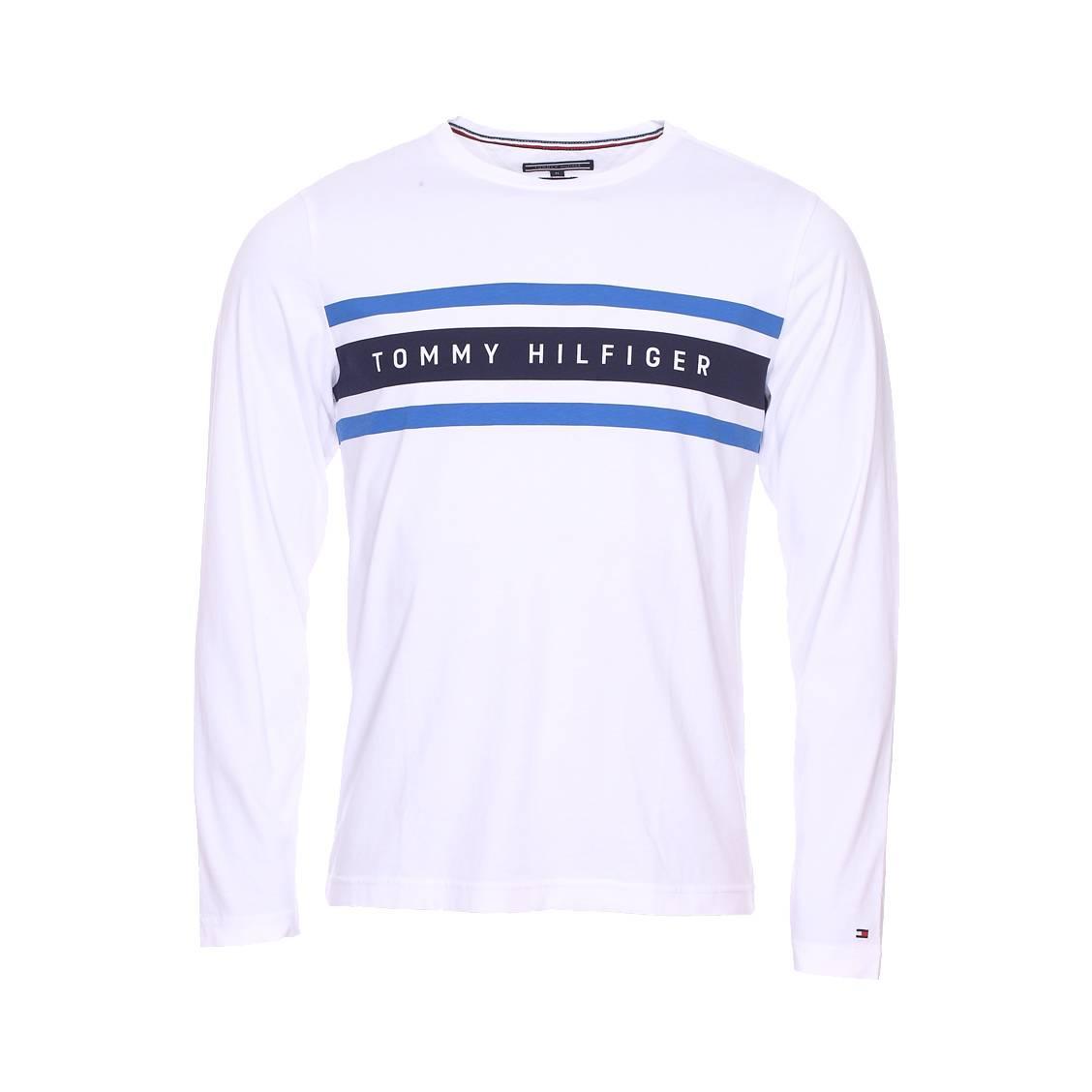 fd261c1ba4b9f Tee-shirt manches longues col rond Tommy Hilfiger Logo Band Graphic en  coton organique blanc ...