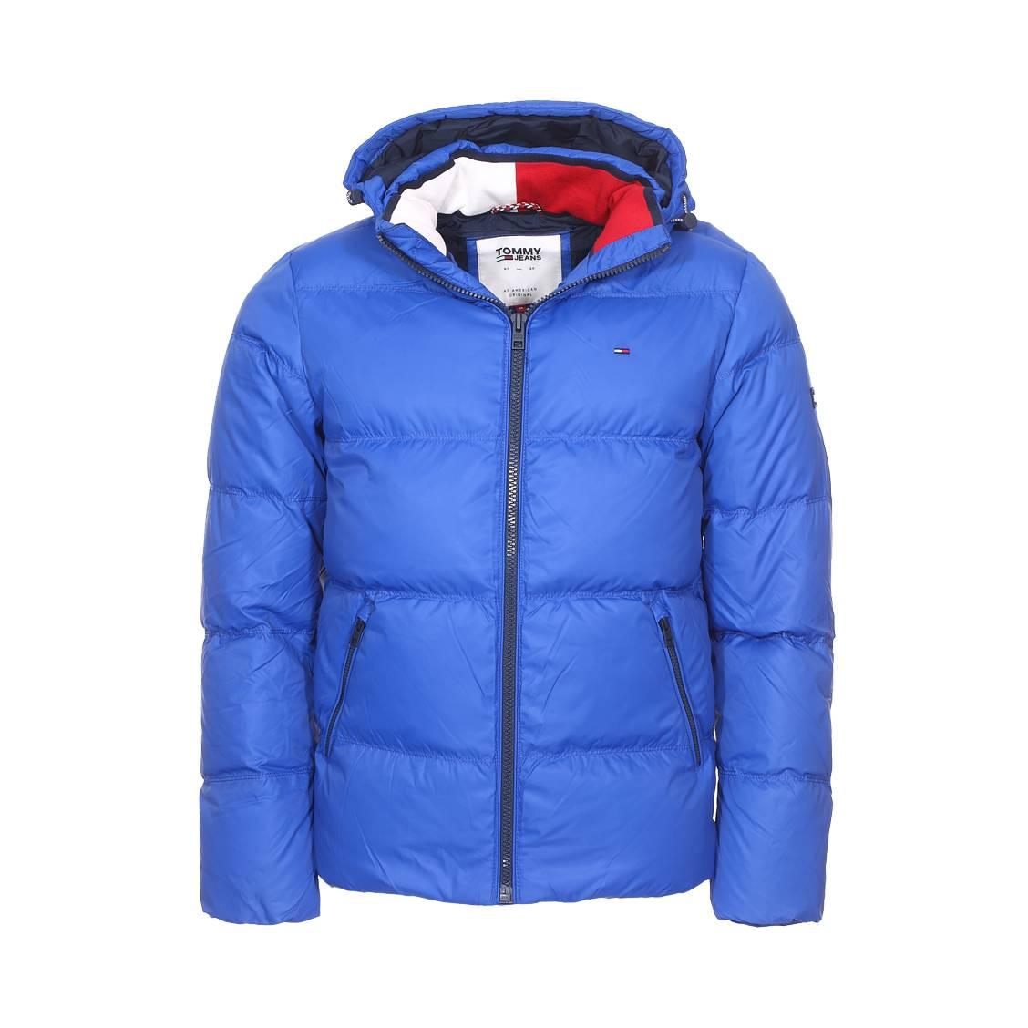 ed3840fb67e24 Doudoune à capuche amovible Tommy Jeans Essential bleu roi en duvet ...