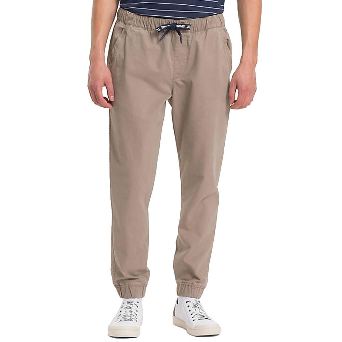 Pantalon de jogging chino Tommy Jeans en coton marron   Rue Des Hommes 210b0506e4d