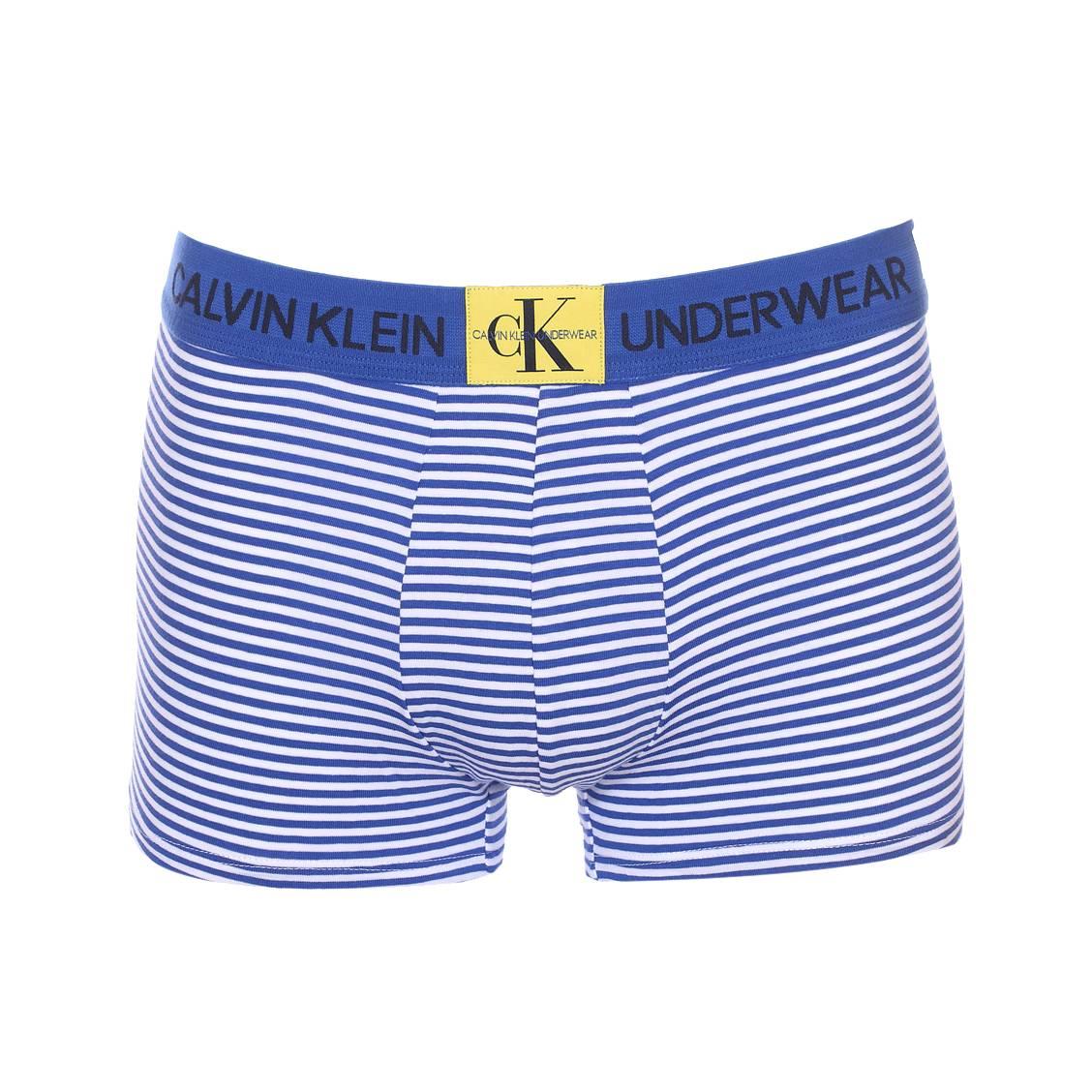 670d6d2d150 Boxer Calvin Klein Underwear en coton stretch bleu roi à rayures blanches  ...