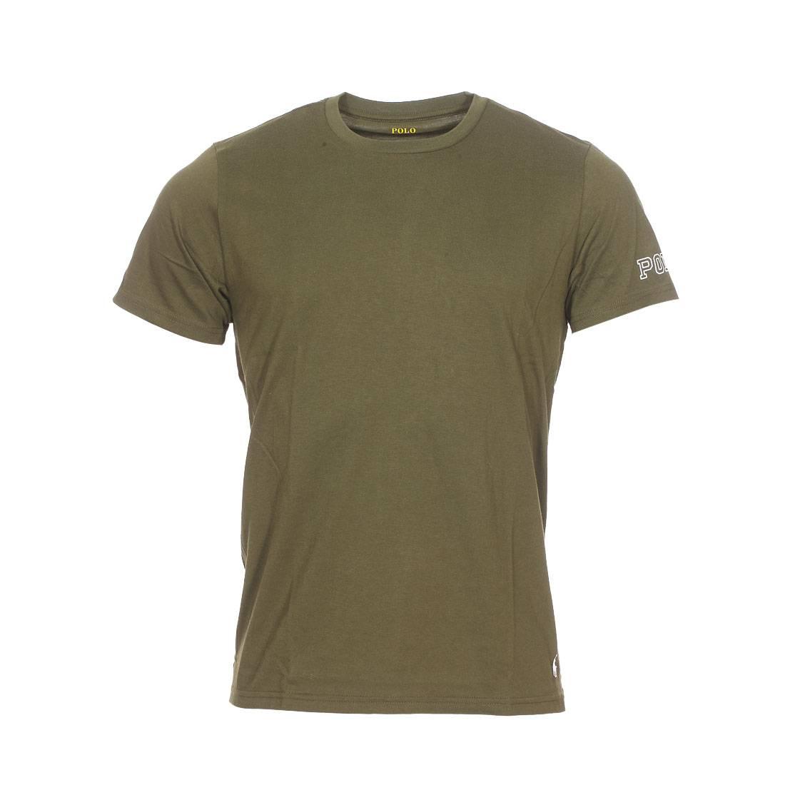 Tee-shirt col rond  en coton stretch vert olive floqué sur la manche