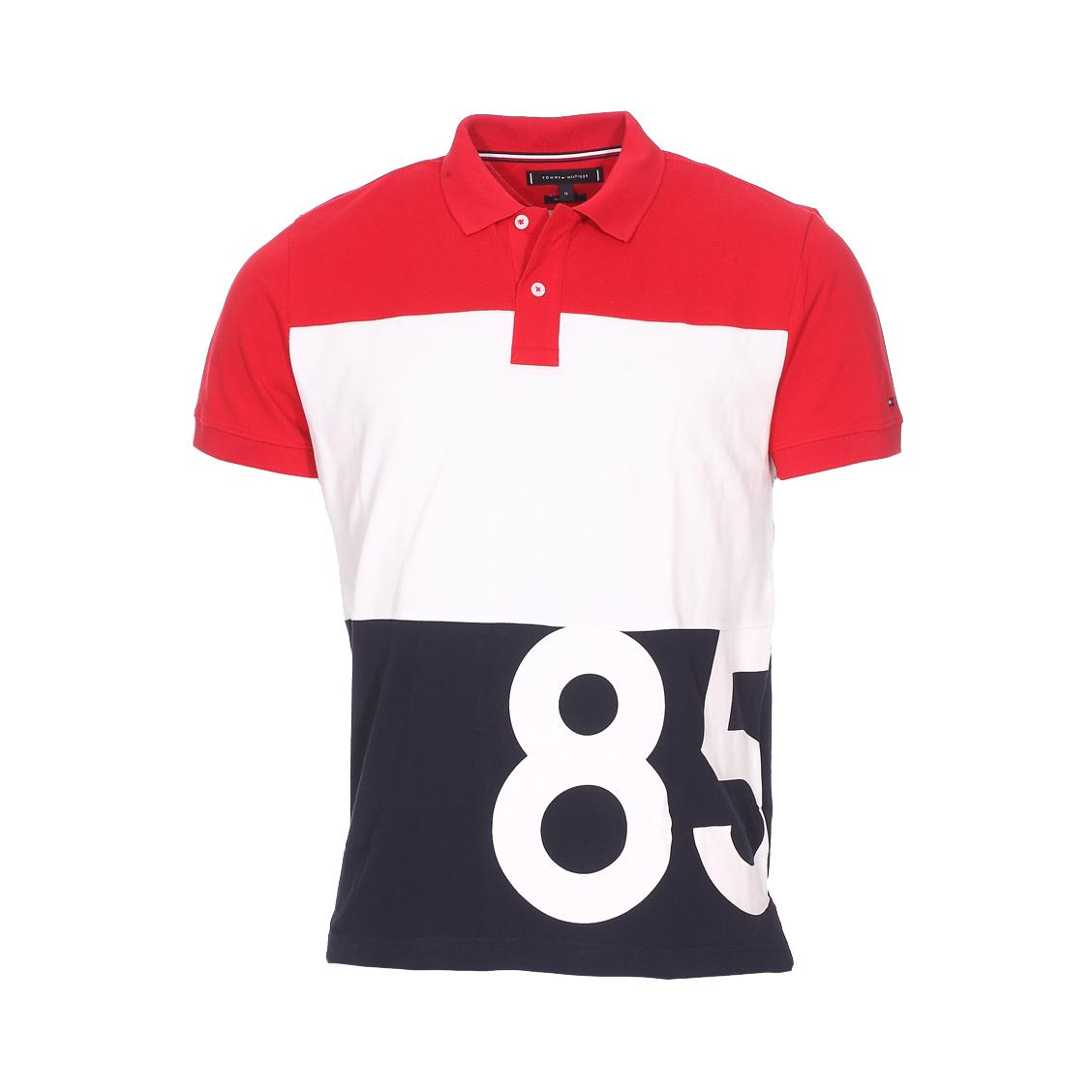 . - Coton (100%)- A opposition de couleurs rouge, blanche et bleu marine- Manches courtes