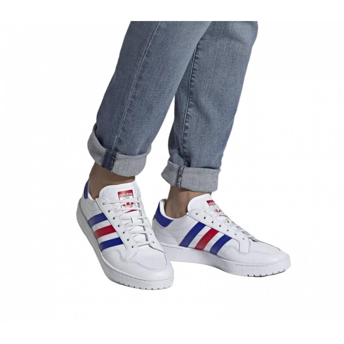Baskets Adidas Original en cuir blanc à empiècements | Rue Des Hommes