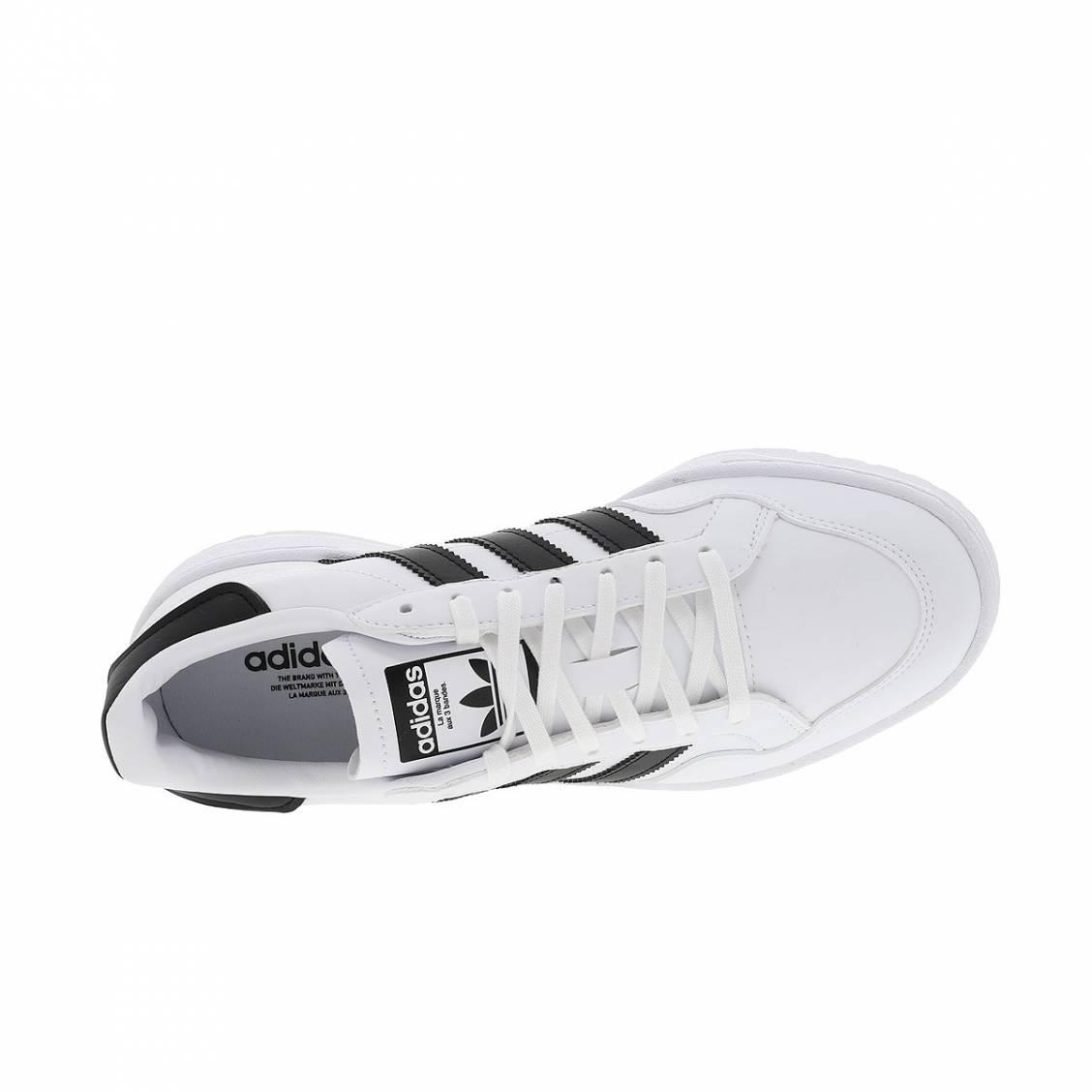 Baskets Adidas Team Court en cuir blanc et noir | Rue Des Hommes