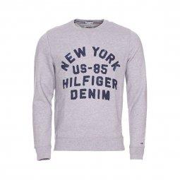 954af2d4d39ea Sweat col rond Hilfiger Denim en coton gris chiné à imprimé bleu denim ...