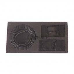 28b15c04dcc0 Coffret Calvin Klein Jeans   ceinture ajustable noire à boucle noire à  ardillon et boucle noire ...