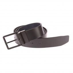 33e203a61f3 ... Coffret Calvin Klein Jeans   ceinture ajustable noire à boucle noire à  ardillon et boucle noire