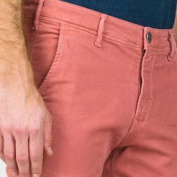 Pantalon chino Lee Cooper Garven en coton stretch rose