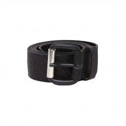 bbcdb41cf352 Ceinture Diesel B-Strip en cuir de vache noir logotypé à petite boucle noir  mat ...