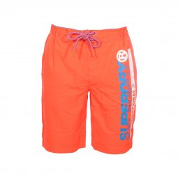 Short de bain Superdry orange fluo floqué en bleu et blanc