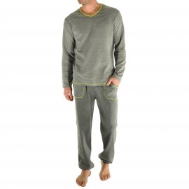 Pyjama long Ron Christian Cane : tee-shirt manches longues col V gris chiné à fines rayures blanches et pantalon gris chiné