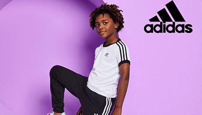 https://www.ruedeshommes.com/media/marques/adidas_junior/adidas_junior_photos.png