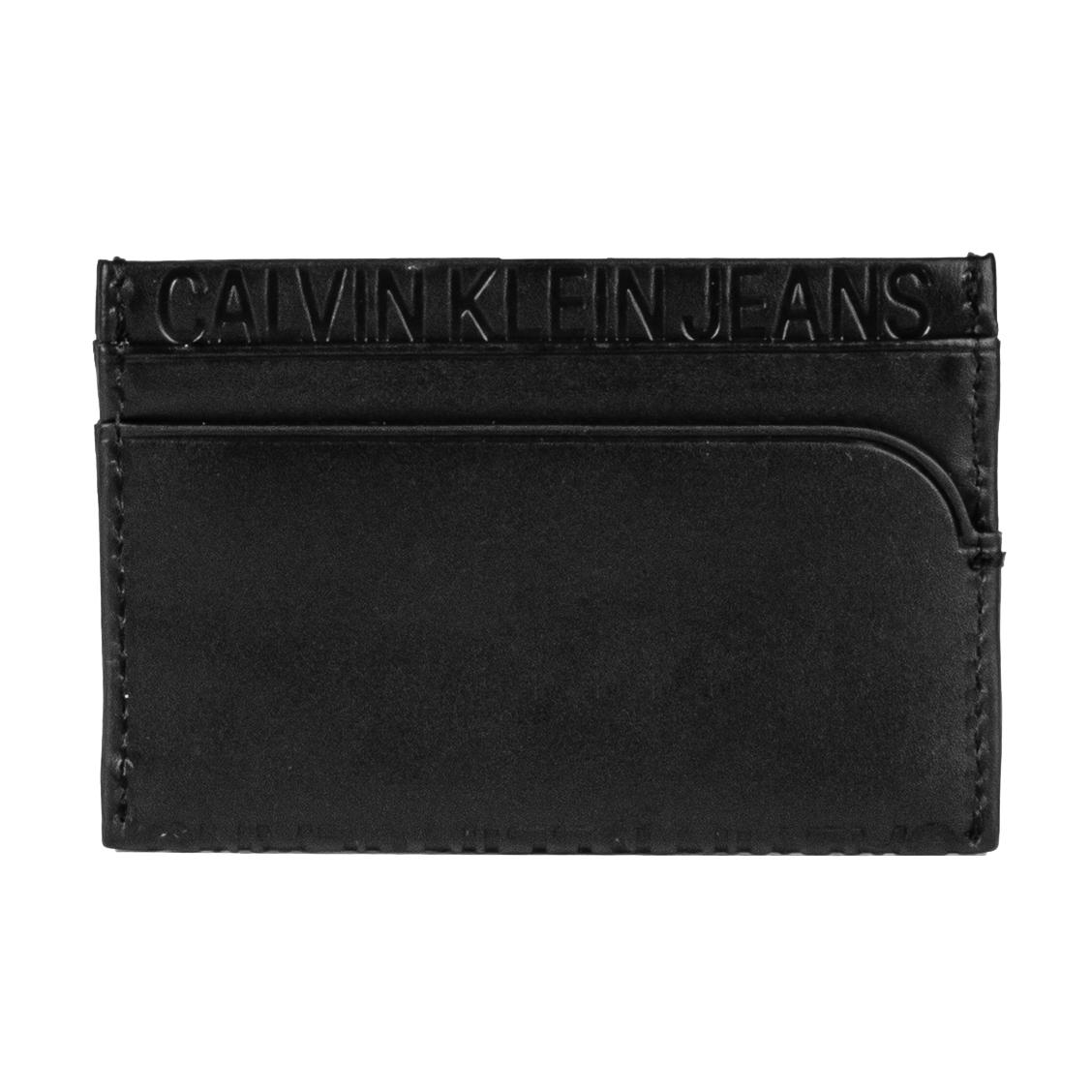 Porte-cartes italien calvin klein jeans en cuir de vache noir, embossé de la marque sur l\'avant et sur la tranche