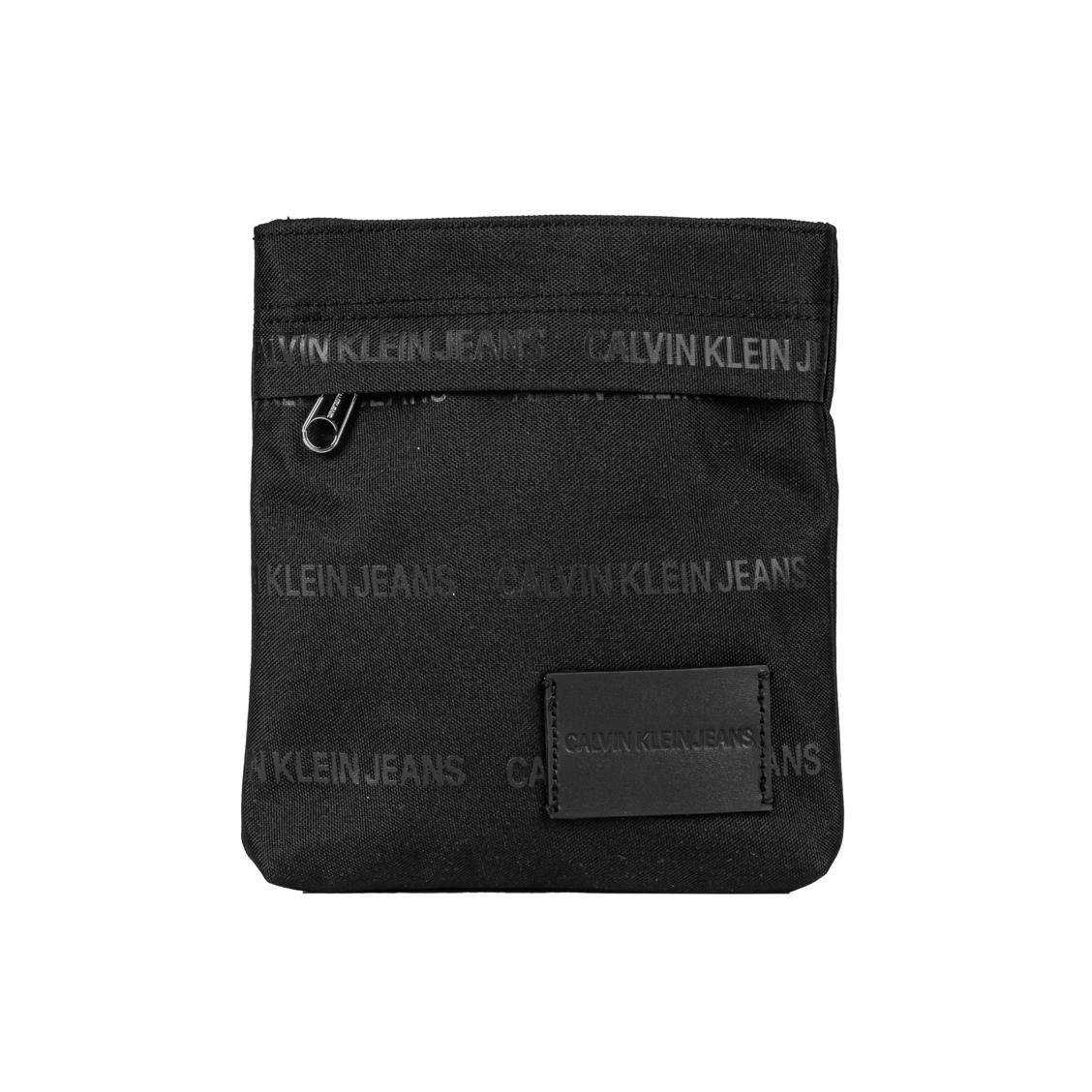 Sacoche calvin klein jeans essential micro porté croisé en toile noire, floquée de la marque