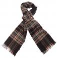 Echarpe noire à motifs écossais