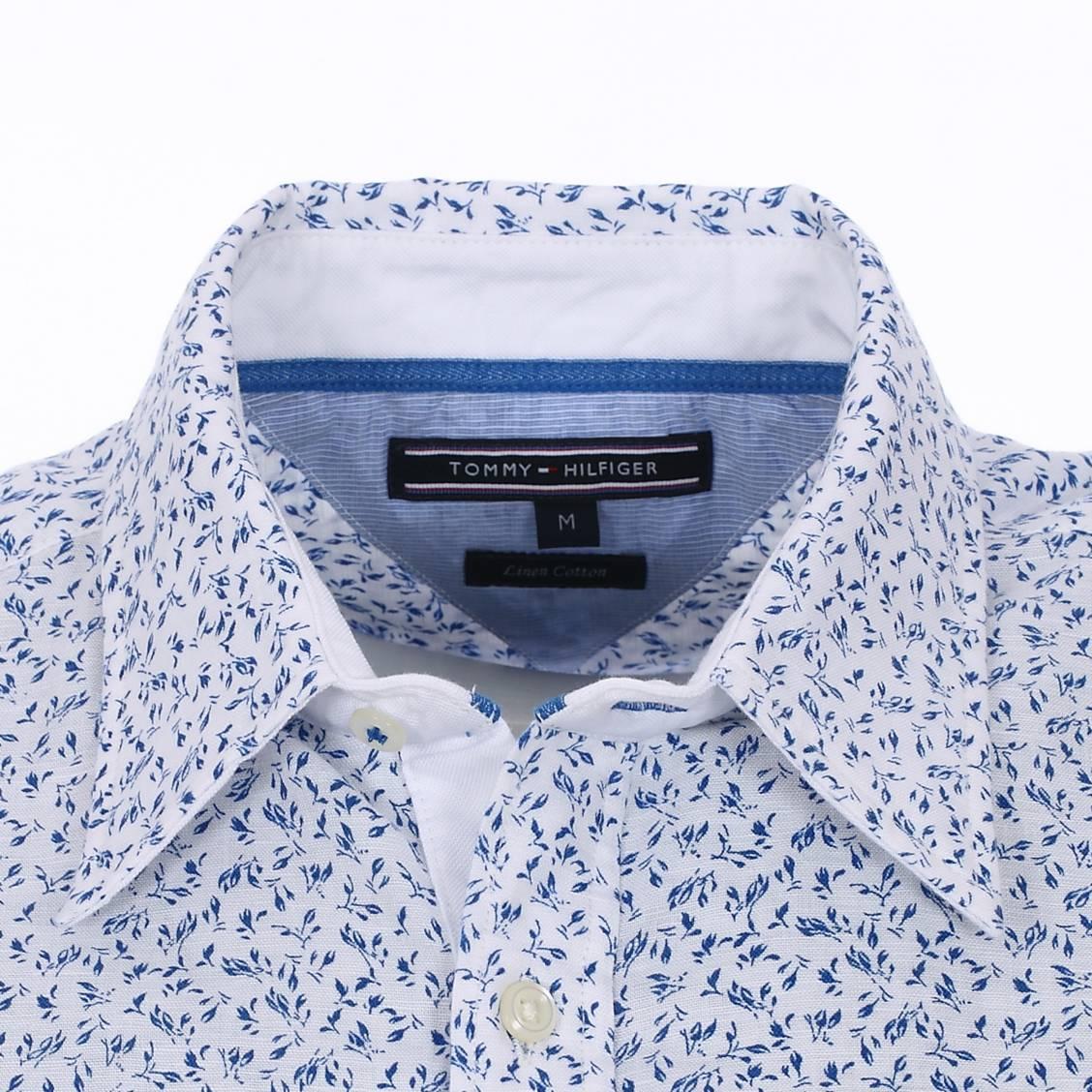 5639e56ecc7c Chemise blanche et bleu